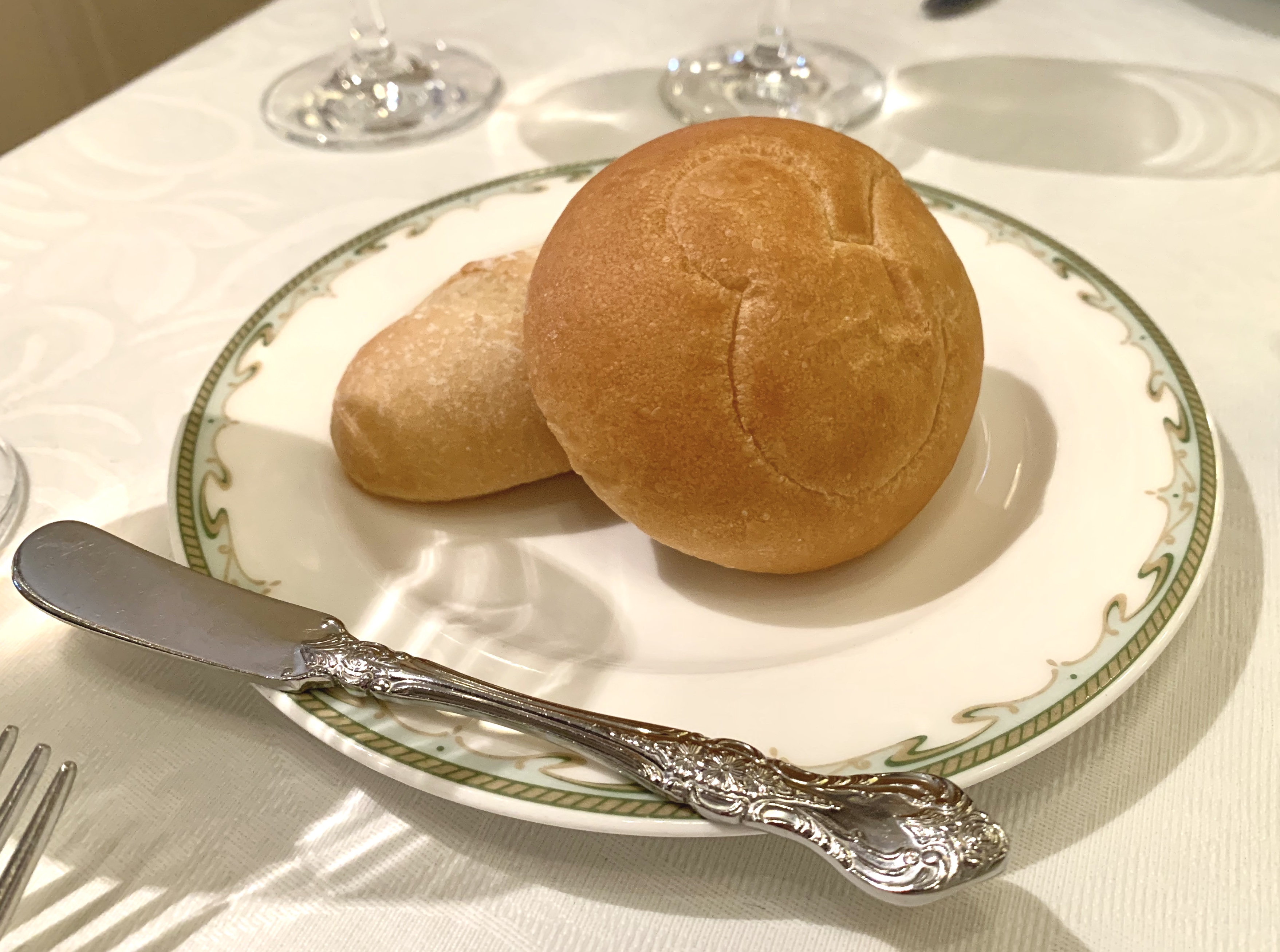 S.S. Columbia Dining Room Tokyo DisneySea Christmas Lunch Mickey Bread